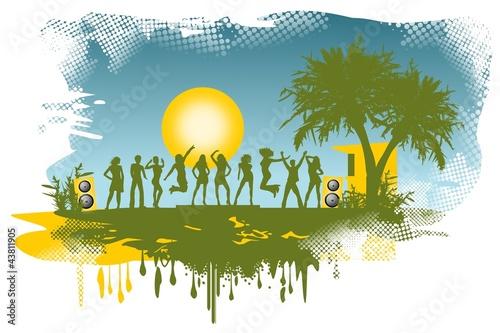 Silhouette feiernder junger Leute - Beachparty