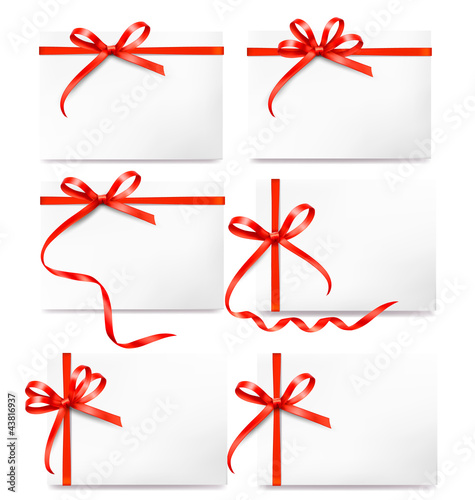 Set of card note with red gift bows with ribbons