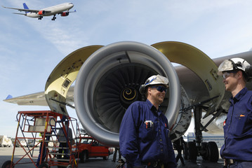airplane mechanics and giant jet engines