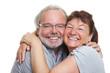 Glückliche Senioren umarmen sich