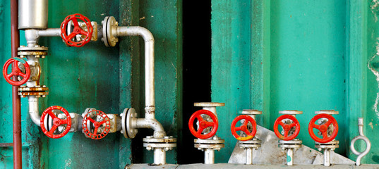 Pressure regulation system with pipes and valves