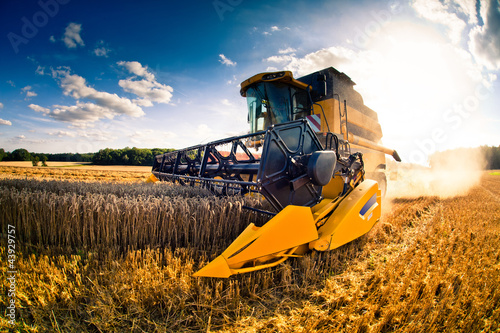 Poster moisson engin agricole1