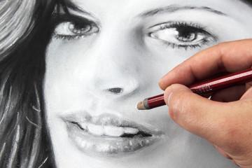 Drawing a portrait - Anne Hathaway
