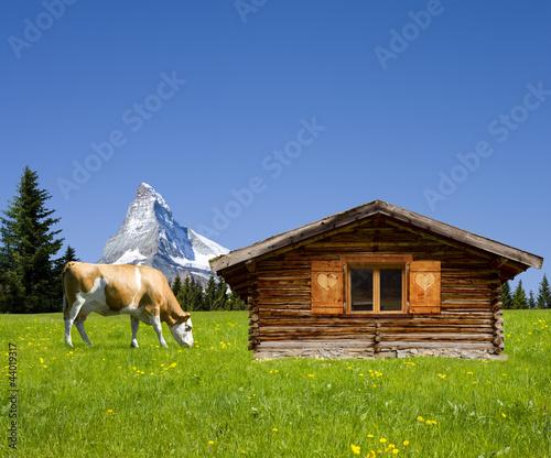 Almhütte mit Matterhorn © by-studio