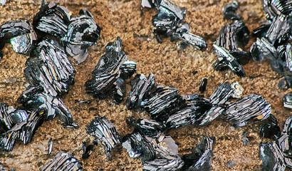 Minerali della val d'Ossola....Ematite varietà rosa di Ferro