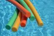 Leinwandbild Motiv Frites sur piscine 2