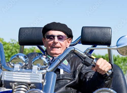 Happy Senior on Trike - Senior Trike Fahrer