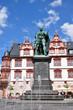 Stadthaus in Coburg mit Albert-Denkmal, Bayern
