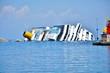 Leinwanddruck Bild - naufragio concordia isola del giglio toscana