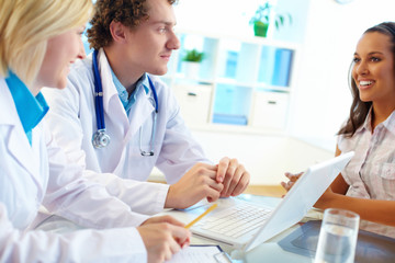 Clinicians consulting female