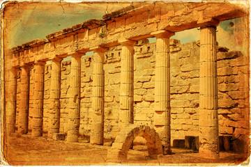 Il porticato dorico del Ginnasio greco di Cirene - Libia