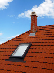 Fenetre de toit sur toiture de tuiles