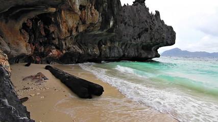 Wild rock beach loop
