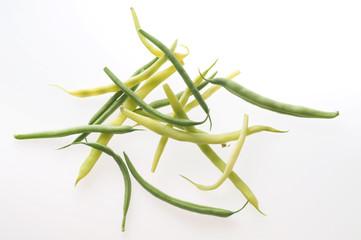 gelbe und grüne Buschbohnen