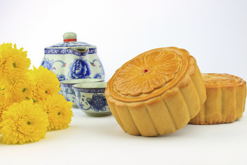 Moon cakes decorated with chrysanthemum