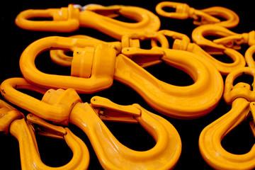 crochet jaune industriel
