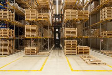 Halle-/Logistik