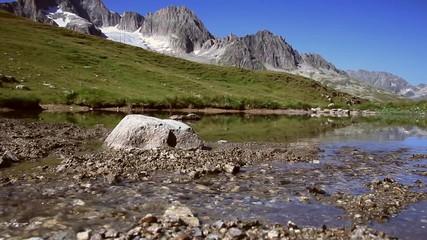Gebirgslandschaft Furka - Bergsee