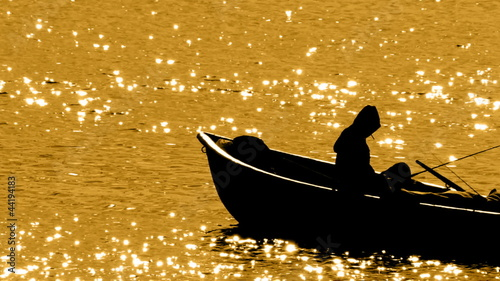 HD - Silhouette of fishermen