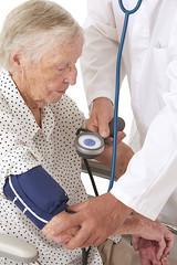 Tension artérielle - Femme âgée