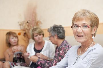 Senior - Portrait de femme en intérieur