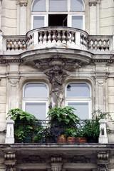 Altbaufassade mit Balkon
