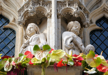 Gothic statue of medieval queen and king