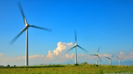 青空と風と風車