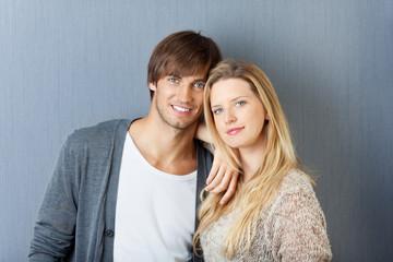 junges attraktives paar