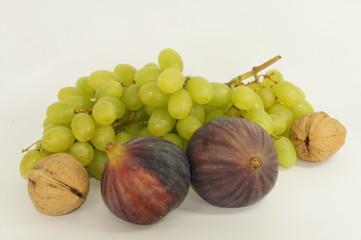 Fruit and walnut