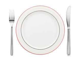 Gedeck mit Teller, Messer und Gabel, isoliert auf weiss