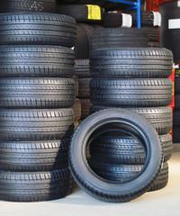 Neumáticos nuevos.