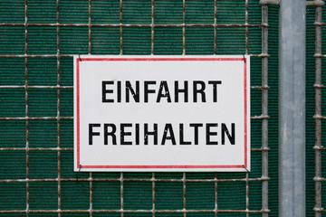Einfahrt Freihalten / Österreich