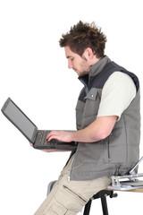 Tiler attracting business via website