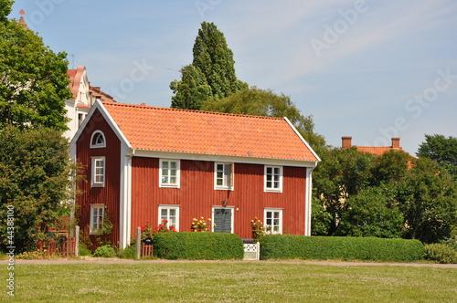 sch nes skandinavisches haus in kalmar schweden von bill 17 lizenzfreies foto 44388100 auf. Black Bedroom Furniture Sets. Home Design Ideas