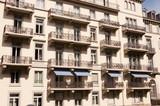 Fassade mit Balkonen