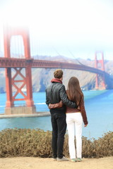 San Francisco Golden Gate Bridge - travel couple