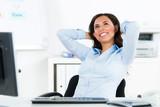 Fototapety glücklich entspannte geschäftsfrau