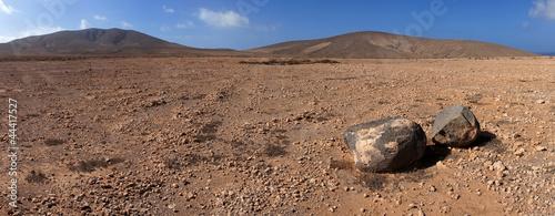 Panorama of rock and volcanic desert, Fuerteventura, Canary Isla - 44417527