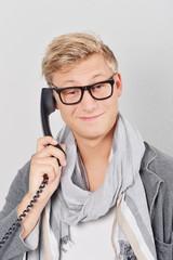 nerd_telefon_grinsen_tp