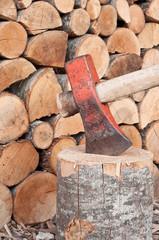 ascia e legnaia