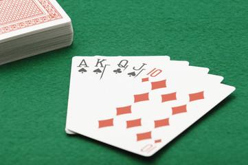ポーカー―ストレート