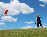 Kind lässt Kite starten