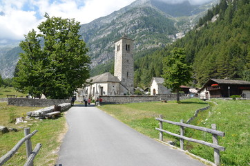 Chiesa vecchia di Staffa a Macugnaga