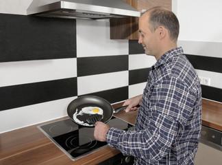 Spiegelei Küche 4-7