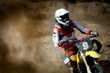 Fototapeta motocyklista - akt - Sporty motorowe
