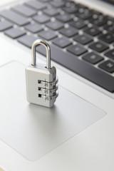 データセキュリティ