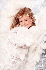 Kleiner Engel im Weihnachtszauber