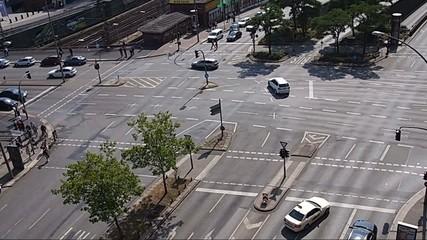 Stadtverkehr - Kreuzung