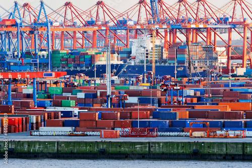Containerterminal im Hamburger Hafen - 44487969
